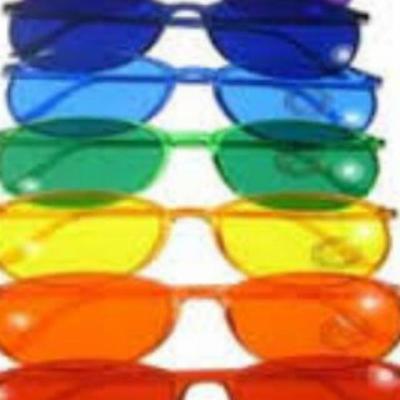 کانال عینک رنگی