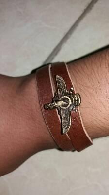 کانال فروش دستبند چرم و کیف
