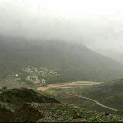 کانال روستای الموت غربی لات