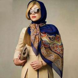صفحه اینستاگرام شال و روسری آدلی